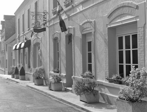 facade_maison_casters_nb